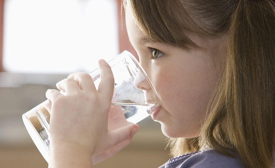 Zápal pľúc môže byť aj z vody